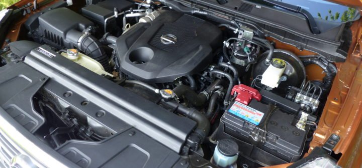 Nissan Navara Tekna Doka Armaturen