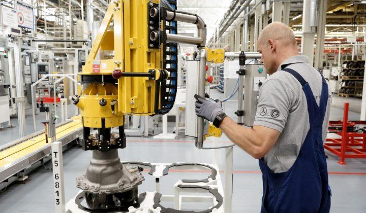 Produktion der verbrauchsopitmierten LKW-Achse Mercedes-Benz-Werk in Kassel