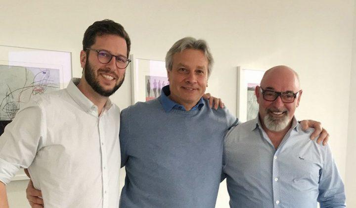 HS-Schoch-Geschäftsführer Marcel (links) und Hermann Schoch (rechts) mit bsg-Geschäftsführer Thomas Lang