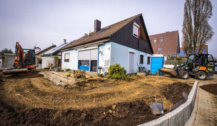 Typischer Galabauauftrag: Neugestaltung des Gartens eines Einfamilienhauses
