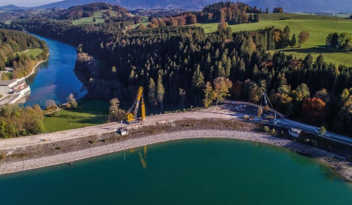 Dammabdichtung am Forggensee im Allgäu