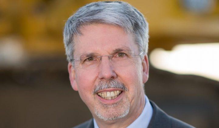 Ralf Petzold, Geschäftsfüher bei Komatsu Germany