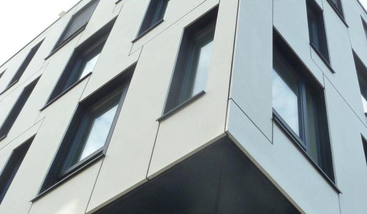 Fassadenelement-Innovation aus einer dünnen Vorsatzschale