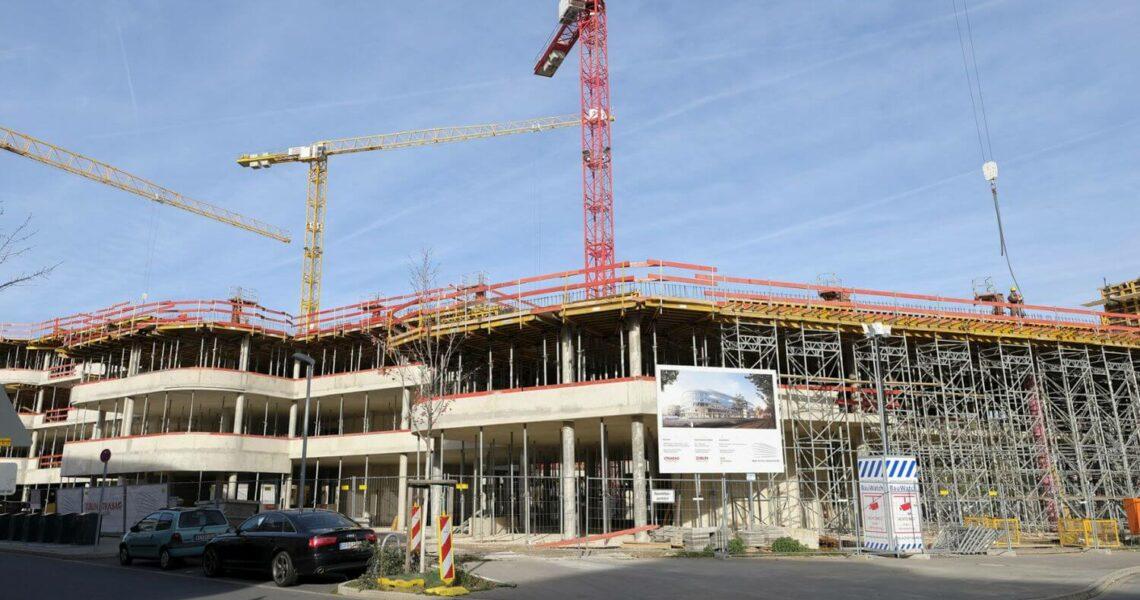 Schalung von Ulma beim Bau eines Bürogebäudes