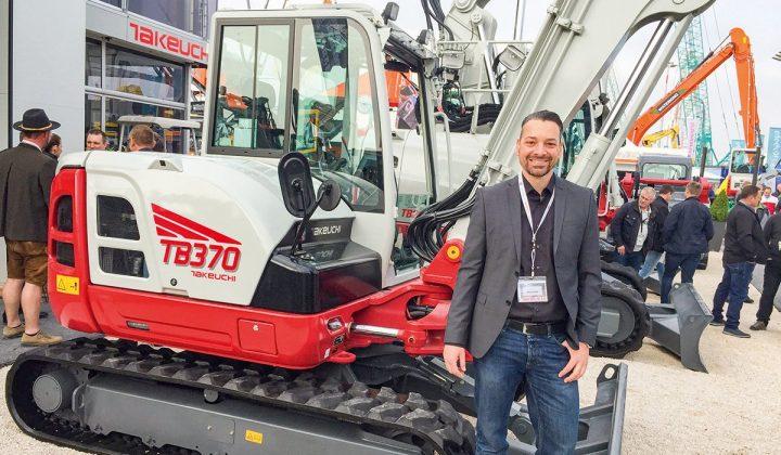 Kompaktbagger von Takeuchi mit Marc Brücher (Senior Manager Marketing bei Takeuchi)