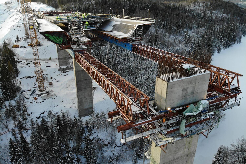 Brückenbauarbeiten an Europastraße E 18 in Norwegen