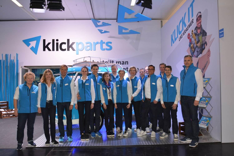 Gruppenfote der Belegschaft von Klickparts