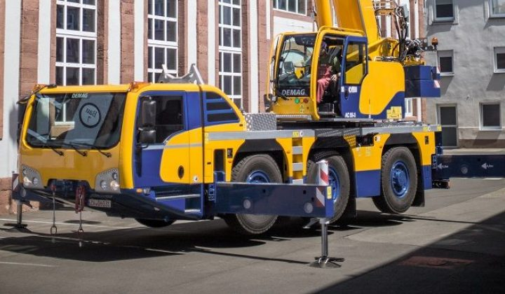 Demag All-Terrain-Kran mit Flex Base